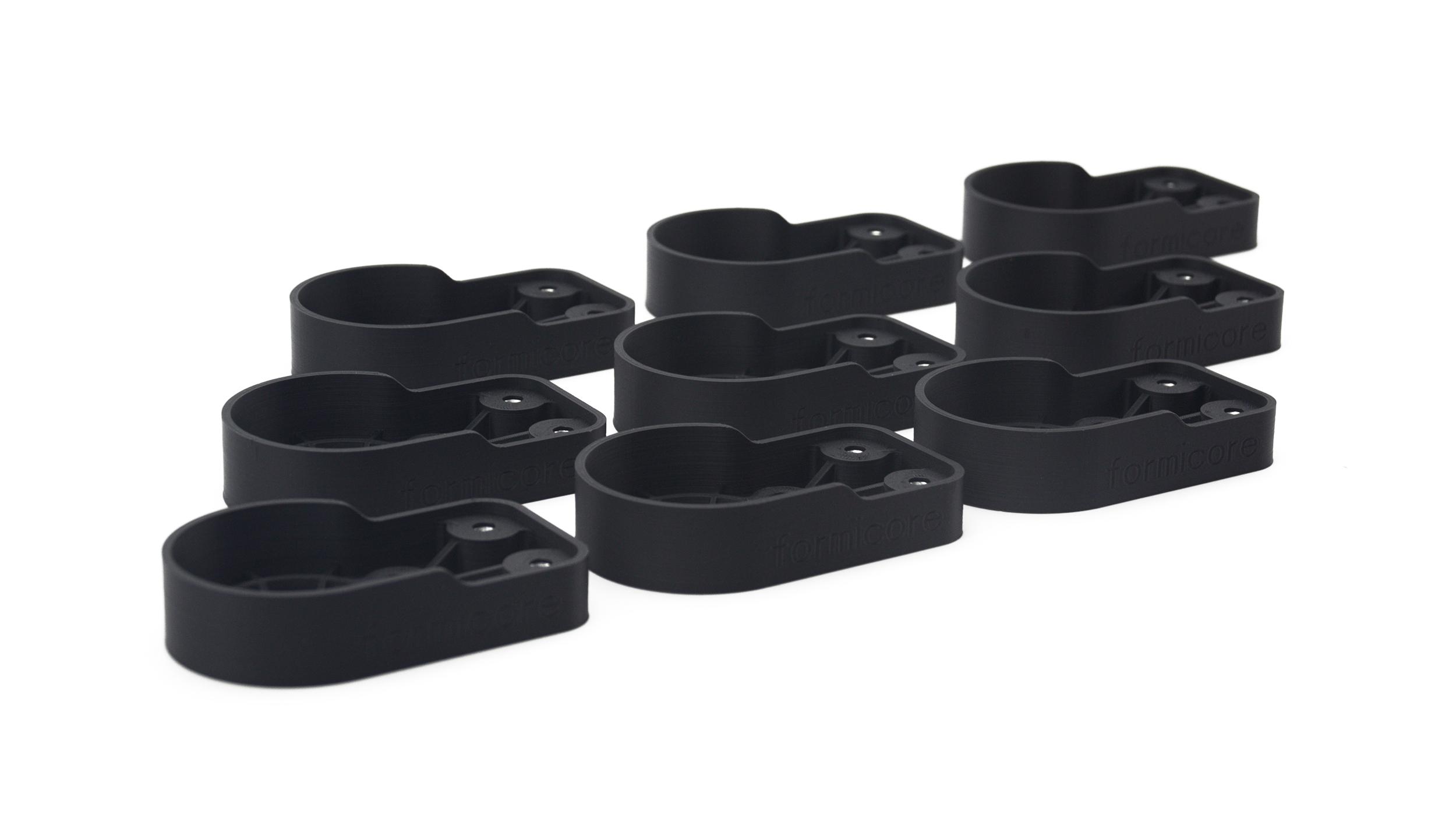 Kleinserie von 3D gedruckten Bauteilen in schwarzem Polymer