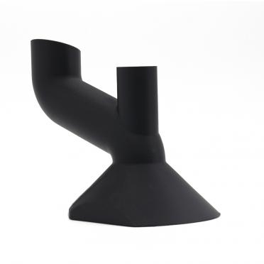 Einfüllstutzen im Automobilbereich in schwarz mit 3D-Druck hergestellt